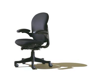 Prazna radna stolica